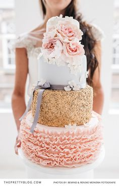 Gorgeous Ruffled Pastel Wedding Cake by Silly Bakery  | Styled Shoots | Wedding Dress by The New Bride | Photography by Bemind Fotografie