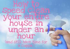 Cleaning the house doesn't have to be a boring or drawn out event to be dreaded. In fact, with the addition of some pumping tunes and a cleaning caddy close to hand, Maxabella reckons you can knock it over in just on an hour! Cleaning Caddy, Speed Cleaning, House Cleaning Tips, Diy Cleaning Products, Cleaning Solutions, Spring Cleaning, Cleaning Recipes, Cleaning Hacks, Weekly Cleaning