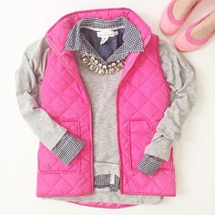 Vested in Pink –Super CUTE with a jean skirt! and so preppy:) Winter Looks, Fall Winter Outfits, Autumn Winter Fashion, Winter Vest, Fashion Spring, Preppy Outfits, Cute Outfits, Preppy Dresses, Vest Outfits
