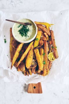 Extra crispy garlic lime sweet potato fries | Paleo Gluten Free Eats