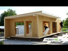 Check out the great time-lapse video of the construction of these amazing looking sustainable stores. Contemporary House Plans, Modern House Plans, Small House Plans, Prefabricated Houses, Prefab Homes, Sip House, Tiny Mobile House, Sips Panels, Shed To Tiny House
