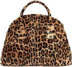 Women's Handbags & Bags : Luxury & Vintage Madrid, die beste Online-Auswahl an Luxus-Kleidung, Accessoires. Bag Prada, Prada Handbags, Purses And Handbags, Prada Clutch, Handbags Online, Animal Print Fashion, Fashion Prints, Moda Animal Print, Animal Prints