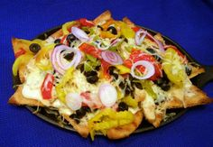 Italian Naan-chos by Lori    #naan #nachos #recipe