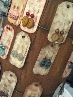 (distressed card stock) Whiskey barrel earring display- for craft shows! Jewelry Booth, Wood Jewelry Display, Jewelry Wall, Earring Display, Jewellery Display, Jewelry Crafts, Jewelry Storage, Jewelry Holder, Jewellery Boxes
