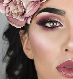 @littledustmua creates a beautifully pinky smoky eye using shades from our NEW #tarteist™ PRO Amazonian clay eyeshadow palette! Available Now on tarte.com! ✨ #rethinknatural #naturalartistry #trippinwithtarte #crueltyfree