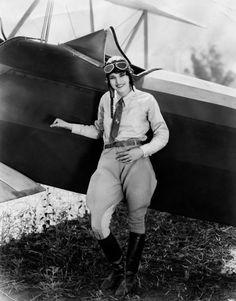 Aviatrix Ruth Elder (1902-1977) http://coolchicksfromhistory.tumblr.com/post/5875393796/aviatrix-ruth-elder-1902-1977