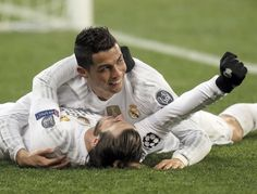 Shakhtar Donetsk Real Madrid: Cristiano Ronaldo bags a brace Ronaldo Juventus, Psg, Real Madrid Football Club, Real Madrid Players, Best Football Team, College Football, Gareth Bale, Real Madrid Cristiano Ronaldo, Friendship