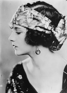 Viola Dana (June 26, 1897-July 3, 1987) American film actress who was successful during the era of silent films.