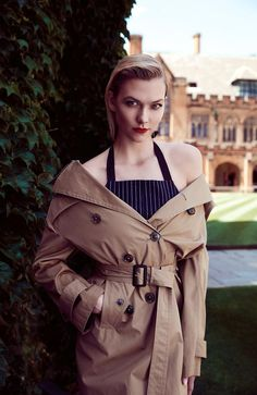 Karlie Kloss Stellar Magazine 2017 Photos Celebstills K Karlie Kloss Karlie Kloss, Illinois, Chicago, Celebrity Updates, Most Beautiful Models, 2017 Photos, Bright Stars, Vogue Paris, Fashion Watches