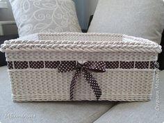 Поделка изделие Плетение Плетеные короба + хлебницы Бумага Бумага газетная Картон Ленты Трубочки бумажные фото 3