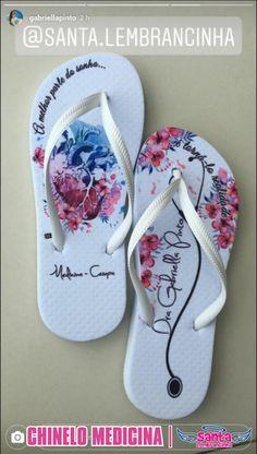 Designer Sandals, Flip Flops, Pattern, Graduation, Prom, Education, Graduation Cup, Graduation Pictures, Senior Prom