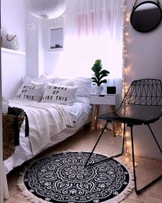 Sofia the First Bedroom Decor – Home Bedroom Bedroom Layouts, Bedroom Themes, Bedroom Colors, Bedroom Sets, Bedroom Decor, 70s Bedroom, Bedroom Mirrors, Bedroom Table, Bedroom Wallpaper