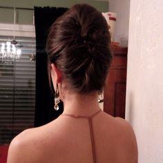 Love it Backless, Chokers, Jewelry, Fashion, Jewlery, Moda, Jewels, La Mode, Jewerly