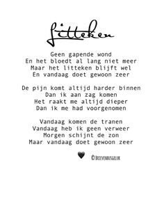 • Litteken • ©️⠀ ...... 🖤 ......⠀ ⠀ #gedichtjesvanbrievenbusgeluk⠀ ⠀ ———⠀ www.brievenbusgeluk.nl⠀ ———⠀ ⠀ ⠀ ⠀ ⠀ ⠀ #gedicht #gedichtje… Respect Quotes, Words Of Wisdom Quotes, Wall Quotes, Me Quotes, Funny Quotes, Love Words, Beautiful Words, Laura Lee, Dutch Words