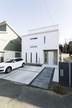 Driveway Design, Custom Homes, Tiny House, Facade, Sweet Home, Exterior, House Design, Outdoor Decor, Garden