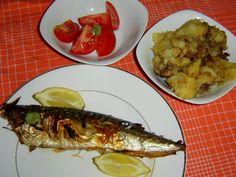 3× MAKRELA Fish, Chicken, Meat, Pisces, Cubs