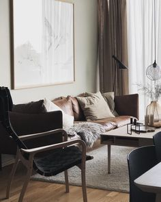 Carefully styled living room @annabylove Living Room Interior, Scandinavian Design, Interior Styling, Minimalism, Living Spaces, Contemporary, Chair, Table, Followers