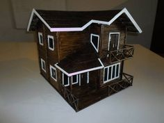 Essa casa foi feita com canudos com exclusividade muito linda
