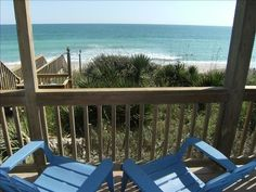 VRBO.com #388236 - Favorite Beach House Ever!  Lovely and Inviting Ocean- Front.