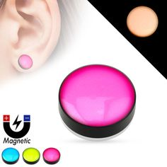 Faux piercing plug magnétique glow in the dark Fake Piercing, Piercings, Fake Plugs, Glow, Black Acrylics, Punk, Silver Stars, Stretching, Piercing