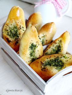 Fingers with garlic and parsley Veggie Recipes, Diet Recipes, Cooking Recipes, Healthy Recipes, My Favorite Food, Favorite Recipes, Fresh Bread, Happy Foods, Everyday Food
