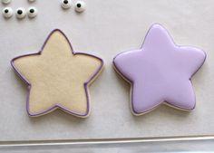 Simple Dora Star Cookies – The Sweet Adventures of Sugar Belle Star Cookies, Fun Cookies, Flood Icing, Minnie Mouse Birthday Cakes, Cookie Pops, Baby Boy Birthday, Cookies For Kids, Star Party, Dora The Explorer