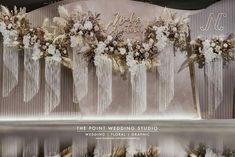 Wedding Backdrop Design, Wedding Stage Design, Wedding Hall Decorations, Wedding Reception Backdrop, Wedding Arch Flowers, Engagement Decorations, Wedding Themes, Wedding Designs, Wedding Photo Walls