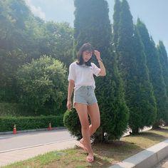 Kim Hye Yoon feet r/kpopfeets Korean Actresses, Korean Actors, Actors & Actresses, Korean Idols, K Fashion, Korean Girl Fashion, Kim Hye Yeon, Actriz Anne Hathaway, Korean Drama Stars