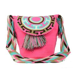 Each Wayuu bag is a unique work of art, created as the result of hundreds of years of weaving tradition. All Wayuu Mochila Bags are different because, through geometric figures, artisans of the Way… Hippie Bags, Boho Bags, Crochet Tote, Crochet Purses, Tapestry Crochet Patterns, Tapestry Bag, Handmade Design, Large Bags, Bracelet Patterns