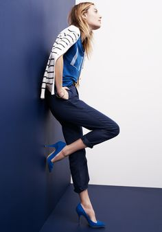 Madewell cropped Rivington trouser worn with inlet cardigan + LA Art Deco tee.