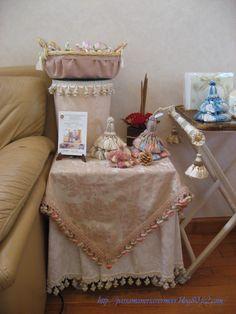 2007年12月***「Chez Mimosa シェ ミモザ」   ~Tassel&Fringe&Soft furnishingのある暮らし  ~   フランスやイタリアのタッセル・フリンジ・  ファブリック・小家具などのソフトファニッシングで  、暮らしを彩りましょう      http://passamaneriavermeer.blog80.fc2.com/
