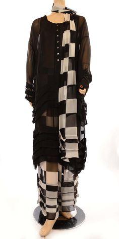 Hebbeding Beautiful Black Silk Pleat Blouse RRP £199.00-Hebbeding, lagenlook, blouses, plus size jackets, womens plus size lagenlook fashion clothing, ladies plus size fashion clothing