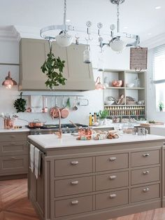 Tailored kitchen with taupe painted cabinetry white marble counter tops and white backsplash. Modular Furniture, Kitchen Furniture, Kitchen Interior, Concrete Countertops, Kitchen Countertops, Kitchen Cabinets, Kitchen Laminate, Granite Kitchen, Diy Kitchen