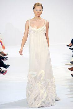 Elie Saab Fall 2009 Couture Fashion Show - Elena Melnik (SILENT)