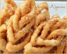 Griwech algerien photo 4 Algerian Recipes, Algerian Food, Beignets, Onion Rings, Churros, Biscuits, Food And Drink, Baking, Ethnic Recipes