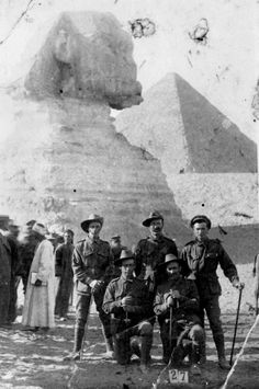 ANZAC soldiers in Egypt en route to Gallipoli Ww1 History, World History, Military History, World War One, First World, Anzac Soldiers, Luxor, Anzac Day, Remembrance Day