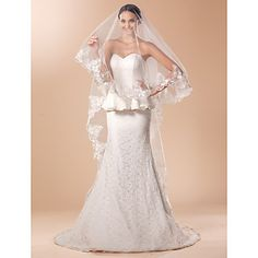 *Ivory* Elegant One-tier Cathedral Wedding Veil With Lace Applique Edge - USD $ 19.99
