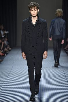 A look from the John Varvatos Spring 2016 Menswear collection.
