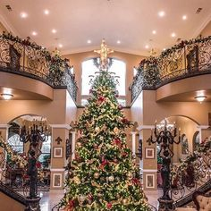 Follow Mega Mansions Luxury Christmas Decor Interiors Holiday