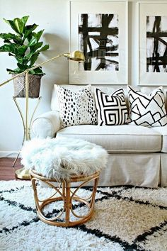 Boca do Lobo gives you some design tips that will allow you to get a trendy living room decor, according to this year's trends.
