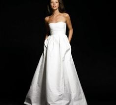 Love wedding dresses with pockets...
