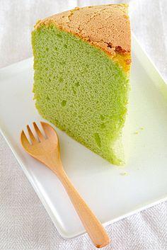 Pandan Chiffon Cake ♥ Dessert