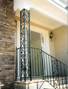 Add curb appeal to your midcentury home with ornamental metal porch columns -- 3 sources for this old school product - Retro Renovation