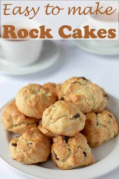 Rock Buns Rock cakes are a delicious and easy treat. This simple traditional recipe shows you how to make 12 of the classic family favourites. These are healthier rock cakes make with reduced sugar and are perfect with a cup of tea! Baking Recipes, Cookie Recipes, Snack Recipes, Dessert Recipes, Rock Cookies Recipe, Desserts, Diabetic Recipes, How To Make Cake, Food To Make