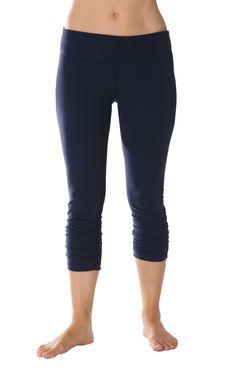 Beyond Yoga Supplex Gathered Legging, (leggings) Sport Fashion, Fitness Fashion, Yoga Leggings, Yoga Pants, Womens Workout Outfits, Yoga Wear, Sporty Style, Workout Wear, Fit Women