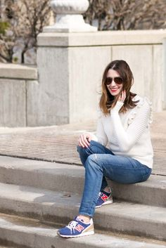 casual weekend look with madewell and banana republic | casual fashion | casual style | cold weather fashion | styling for fall and winter | casual style tips | style for busy moms | mom friendly fashion || All We Are Blog