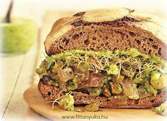Ahi Tuna Recipe on Rye with Spinach Pesto Yogurt - Food and Recipes - Mother Earth Living Ahi Tuna Recipe, Tuna Recipes, Healthy Recipes, Healthy Foods, Recipies, Meat And Potatoes Recipes, Great Recipes, Favorite Recipes, Summer Recipes