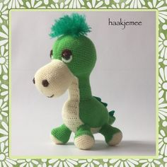 gratis free:Crochet pattern dinosaur My daughter didnt want a crocheted dino. But she changed her mind when she saw the result! Each night hes sleeping in her bed and hes been on many roadtrips. Id like to share my crochet pattern dinosaur with you! Crochet Amigurumi Free Patterns, Easy Crochet Patterns, Crochet Toys, Free Crochet, Crochet Baby, Crochet Dinosaur, Crochet Dragon, Cute Dinosaur, Dinosaur Pattern