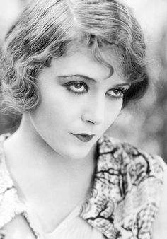 Vilma Banky - 1926 - your #1920s hair doesn't need to be perfect!