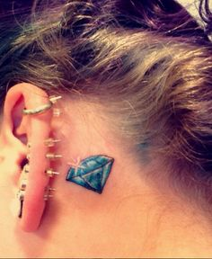 small diamond tattoo behind the ear YouQ. - Tattoo For Women Small Diamond Tattoo, Diamond Tattoo Designs, Diamond Tattoos, Quote Tattoos Girls, Girly Tattoos, Ear Tattoos, Tatoos, Gem Tattoo, Blue Tattoo